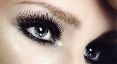 Eyelash extension photo